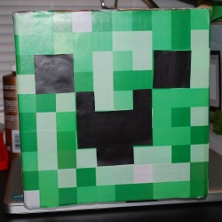 MC - Creeper Front